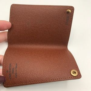 Louis Vuitton Accessories - Louis Vuitton card holder